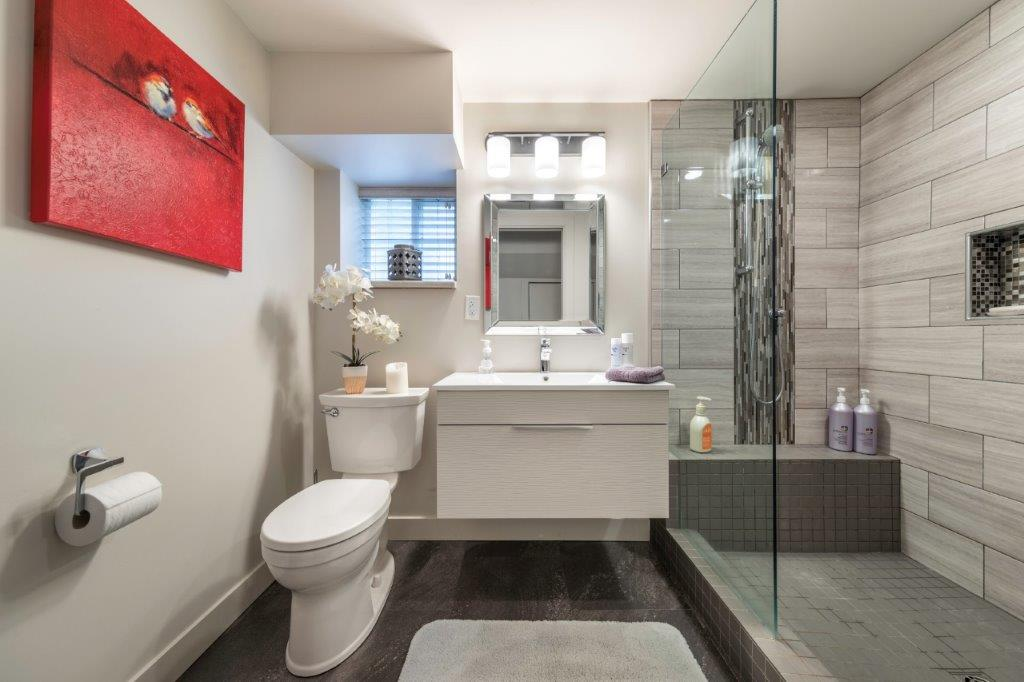 bathroom-renovation-kelowna-general-contractor